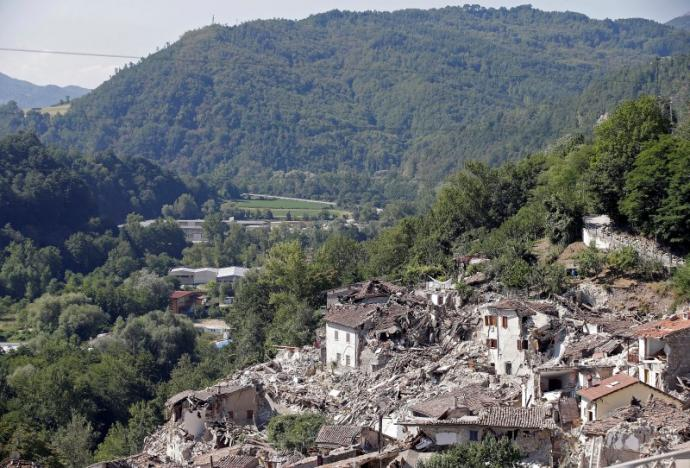 Italy quake death toll hits 278, state funeral planned